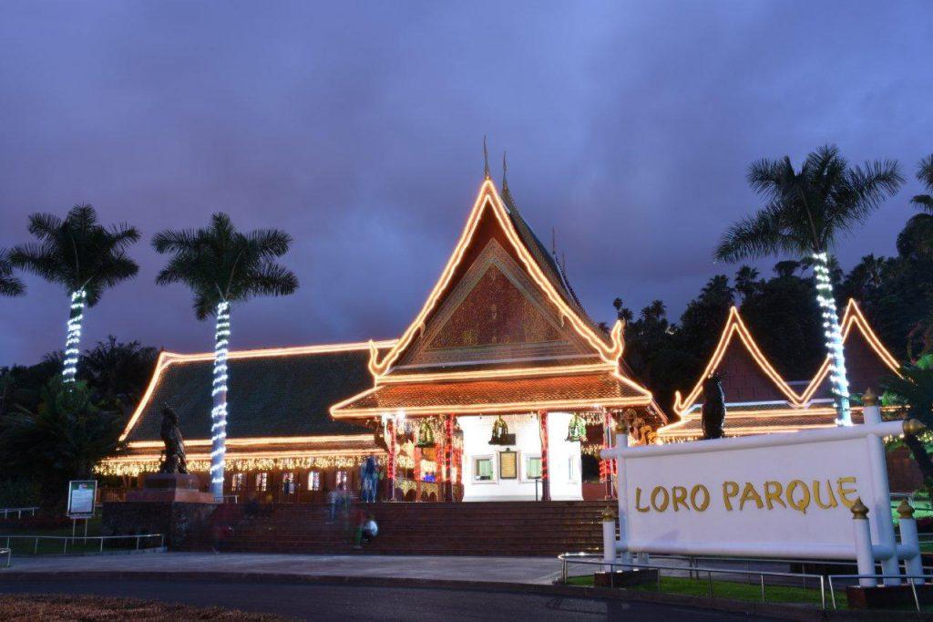 Entrada principal de Loro Parque